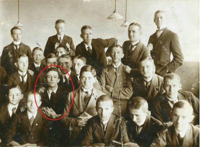 Goebbels Klassenfoto in seinem Abiturjahgang, 1917
