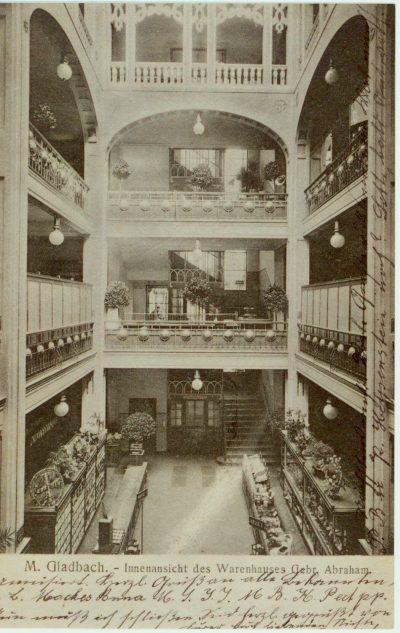 Innenansicht des Kaufhauses Abraham, ca. 1920